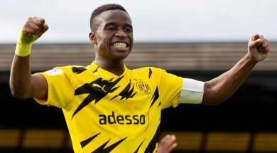 Borussia Dortmund v Rot-Weiss Essen – Junior Bundesliga West
